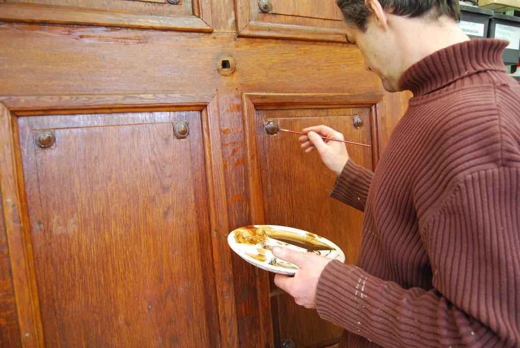 Haustür während der Restaurierung