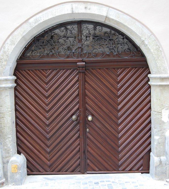 Eingangsportal, 18. Jh., Zieroldsplatz 2, Regensburg, nach der Restaurierung